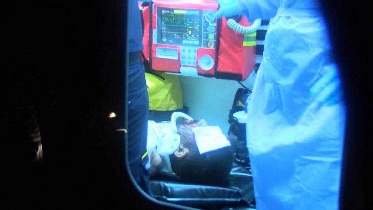 İstanbul'da tren hattına giren kişi 27 bin voltluk elektrik akımına kapıldı - VİDEO