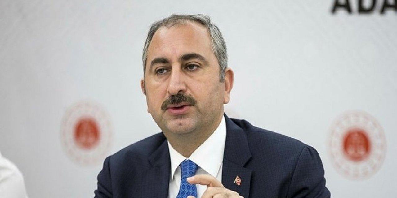 Abdulhamit Gül: Yargı dağıtımı mahkemedir, sosyal medyada değil