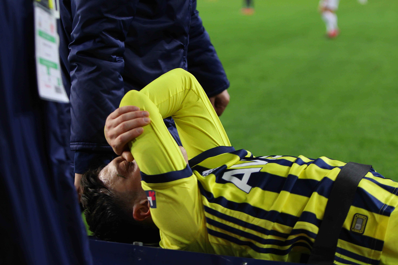 Mesut Özil'in MR sonucu açıklandı