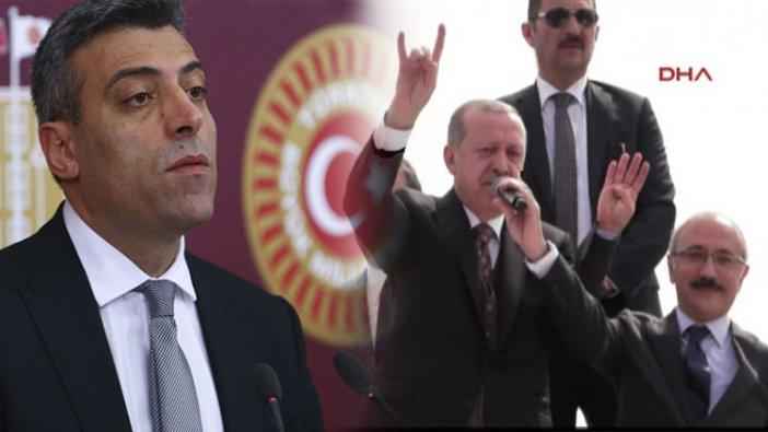Öztürk Yılmaz Erdoğan'ın Bozkurt işaretine yorum yaptı, Bahçeli'ye seslendi!
