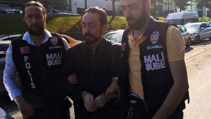 """Adnan Oktar ve kedicikleri gözaltına alındı... """"AKP'ye oy verdim şaşkınım"""""""