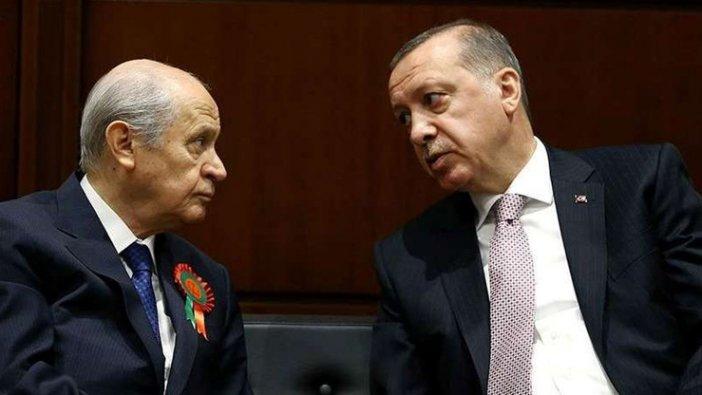 AKP'de 10 ilde kriz: Çözüm aranıyor...