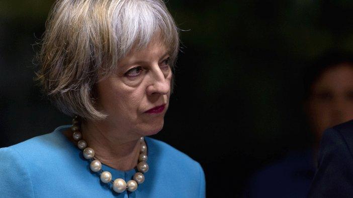 İngiltere Başbakanı May: AB'den asla çıkamayabiliriz