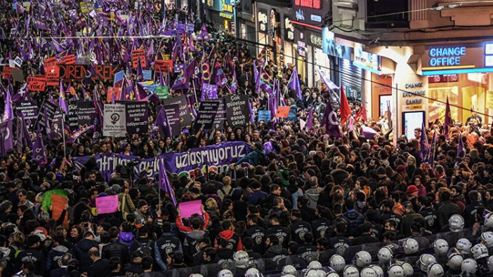 Erdoğan 'ezana ıslıklarla terbiyesizlik ettiler' dedi, gerçeği AKP'ye yakın gazetede çalışan yazar açıkladı
