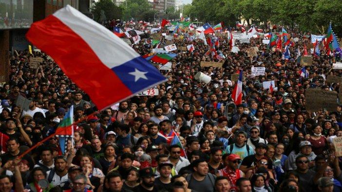 Şili'de şirketlere vergi kesintisi planı askıya alındı