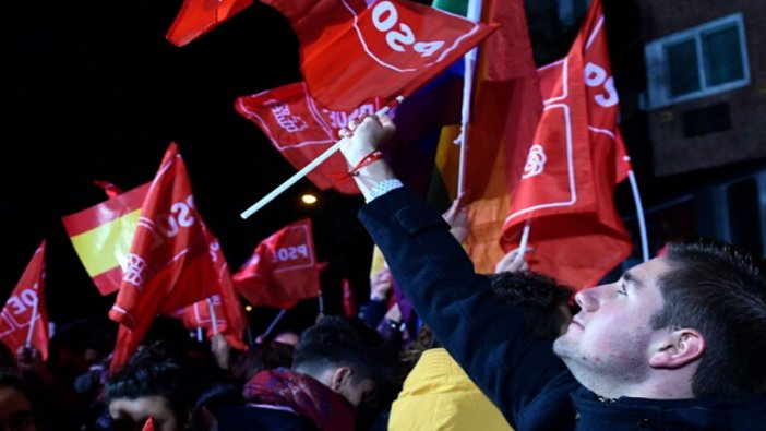 İspanya'da seçimleri sosyal demokratlar kazandı