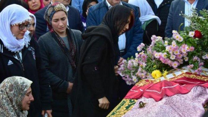 Ayrılmak istediği erkek arkadaşı Zafer Pehlivan tarafından öldürülen Güleda Cankel son yolculuğuna uğurlandı