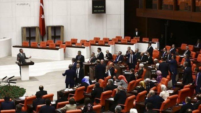 AKP güvenlik soruşturmasını geri istiyor