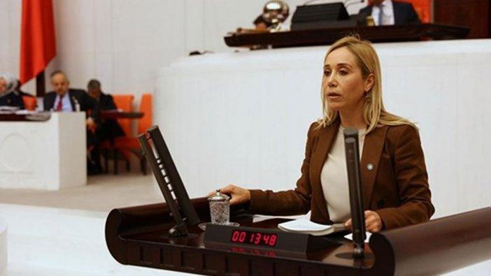 İYİ Parti'den istifa eden Tuba Vural Çokal, AKP'ye geçti