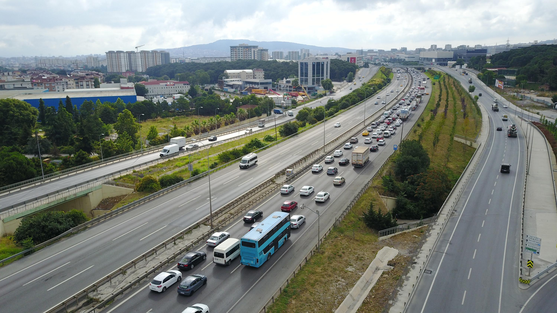 istanbul-trafiginde-son-durum-8013-dhaphoto4.jpg