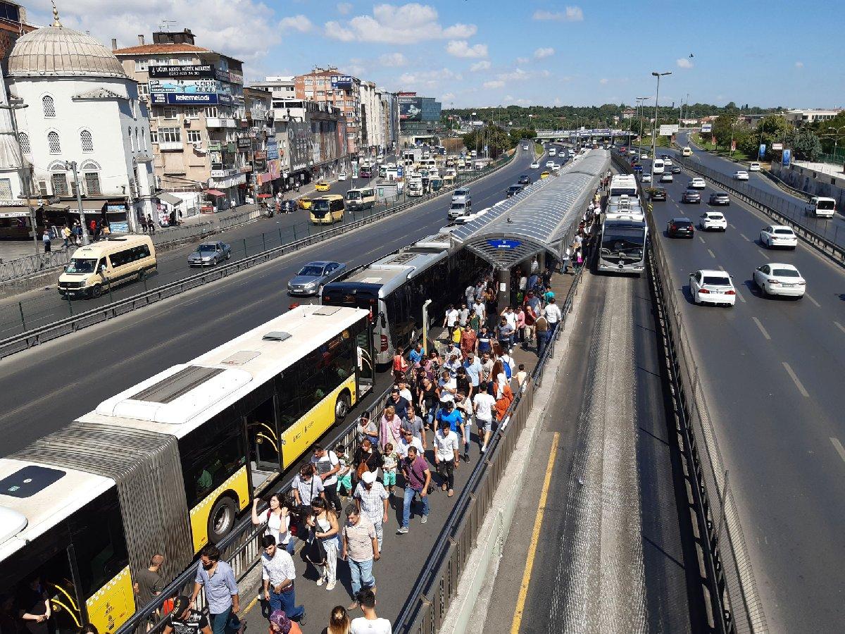 metrobus-1.jpg