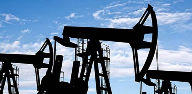 Rusya dünyanın en büyük petrol üreticisi oldu