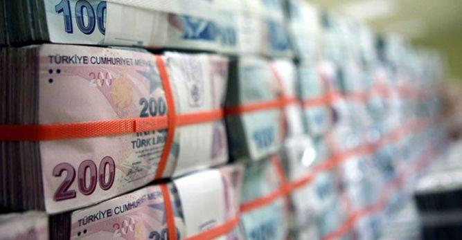 Bütçe referandum döneminde 17.9 milyar lira açık verdi!