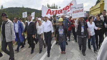 Somalı aileler 'Adalet Yürüyüşü'nde