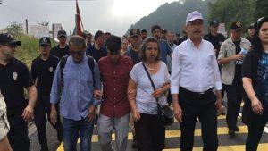 Gezi aileleride 'Adalet Yürüyüşü'nde
