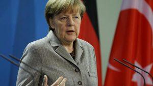 Merkel'den İncirlik yorumu: Türkiye ile diyalog sürmeli