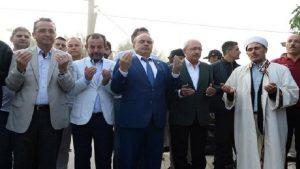 Kılıçdaroğlu bayram namazını köy camisinde kıldı