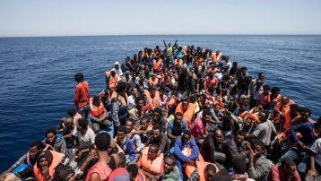 Mülteciler Günü geride kaldı! 'Akdeniz Mülteci Mezarlığı'nda 126 göçmeni taşıyan bot kayboldu…