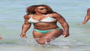 Ünlü tenisçi Serena Williams çıplak poz verdi