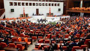 """""""Katar'a Türk askeri"""" tezkeresi TBMM'de onaylandı"""