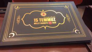 Meclis'te tartışma yaratan çantalar: CHP, HDP ve MHP albümlerde yok!