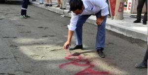 Adalet yazısını caddeye işledi!