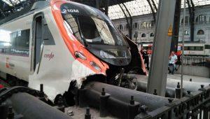Barselona'da tren kazası: 48 yaralı