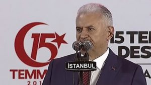 Başbakan Yıldırım, 15 Temmuz Şehitler Köprüsünde konuştu