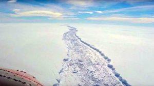 İstanbul ili büyüklüğünde bir buzul Antarktika'dan koptu