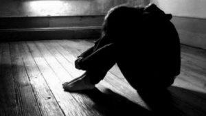 Babası göz yummuş! Zihinsel kıza cinsel istismar