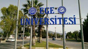 Ege Üniversitesi'ni karıştıran bağışla ders geçme duyurusunda Profesör görevden alındı