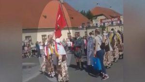 Hırvatistan'da Türk bayrağına saldırı: Bayrağı böyle geri aldı