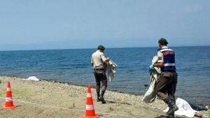İznik Gölü'nde şişme bot faciası: 4 kişi öldü!