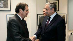 """ABD Başkan yardımcısından Kıbrıs görüşmelerine """"birleşin"""" baskısı!"""