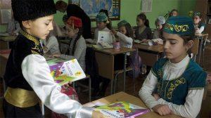 Rus işgalindeki Kırım'da Tatar çocukların eğitimine engel