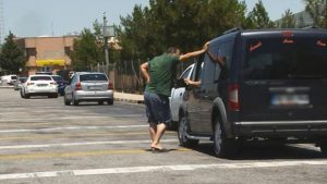 HGS gişelerinde ortalama hız arası: Sürücüler ceza yememek için bekliyor