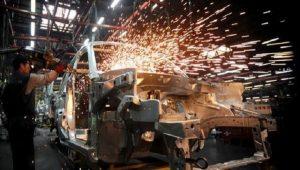 Sanayi üretimi bir önceki aya göre azaldı!