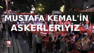 Siirt'te demokrasi nöbetinde 'Mustafa Kemal'in askeriyiz' sloganı