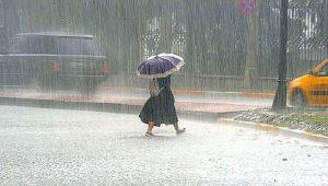 İstanbul'da sağanak yağış ve fırtına! Meteoroloji ve AKOM'dan uyarı geldi
