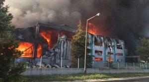 Tekirdağ Çerkezköy'de matbaa fabrikasında korkutan yangın