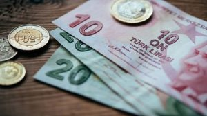 Enflasyona değil yoksulluğa göre zam