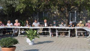 Kılıçdaroğlu köylülerle kahvaltı yaptı