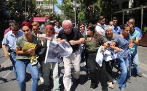 Yüksel Direnişi'nde 258. gün: Direnişçiler polis müdahalesine karşı kenetlendi