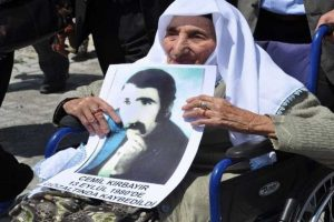 CHP'den Adalet Bakanı'na 'Berfo Ana' tepkisi