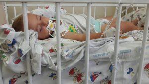 Annesiyle birlikte cezevinde tutulan Miraz bebek rahatsızlandı