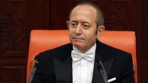 CHP'li Meclis Başkanvekili Akif Hamzaçebi: Frak giymeye devam edeceğim