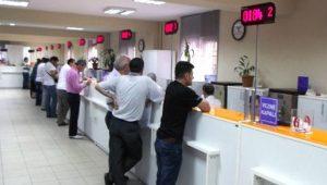 Bankalar ve PTT arife gününde açık olacak mı?