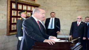 Cumhurbaşkanı Erdoğan, Anıtkabir Şeref Defteri'ne ne yazdı?