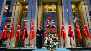 Cumhurbaşkanı Erdoğan 30 Ağustos resepsiyonunda konuştu: Bu nasıl NATO'da beraber olmak