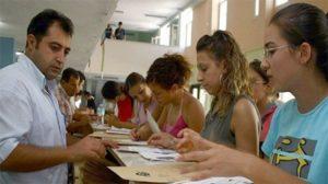 Öğrenim kredisi kullanan 239 bin öğrenci borcunu ödeyemedi